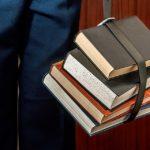 Forma FĂRĂ fond, absența insuficientelor forme CU fond. Literatura de leadership în Educație. Studiu de caz